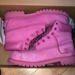 Size 7 juniors pink temberlands.